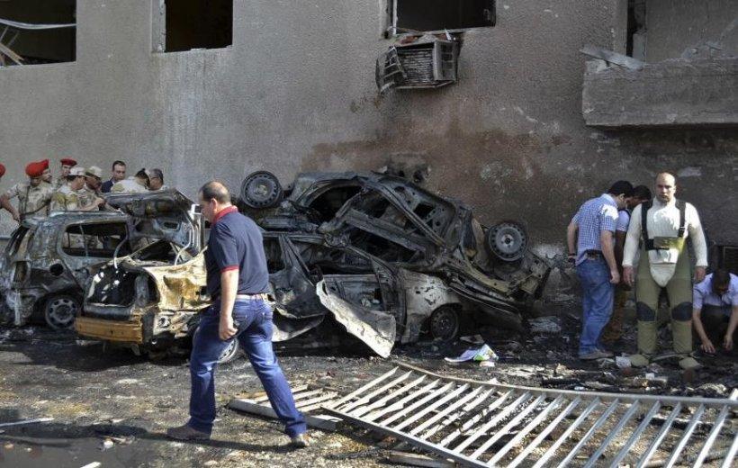 Cel puţin zece morţi în Egipt, într-un atentat cu maşină-capcană împotriva Armatei