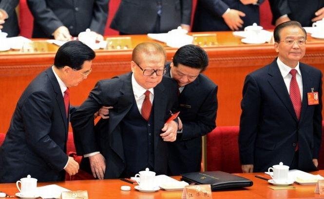 Un tribunal din Spania a emis mandate de arestare pe numele foştilor lideri chinezi
