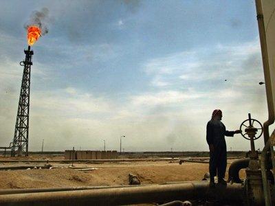 Iranul ameninţă cu un RĂZBOI al preţului petrolului