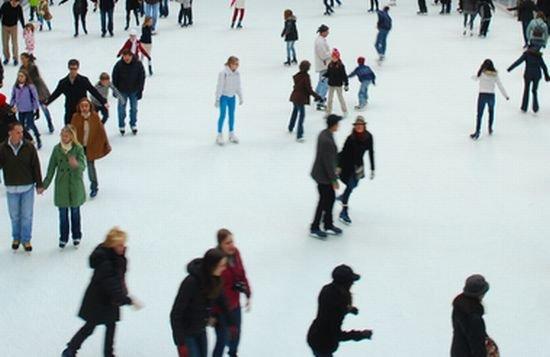 Un nou patinoar s-a deschis în sectorul 3 al Capitalei