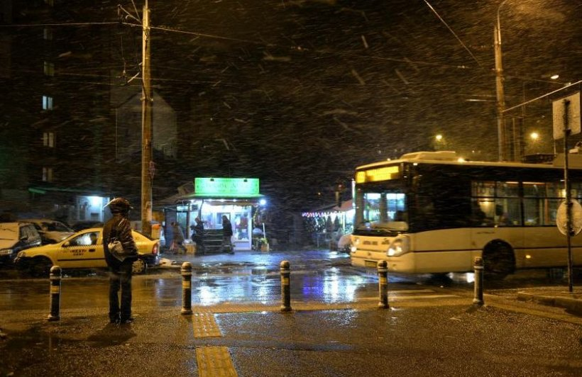 Programul RATB de CRĂCIUN şi REVELION: Iată cum vor circula autobuzele, troleibuzele şi tramvaiele de sărbători