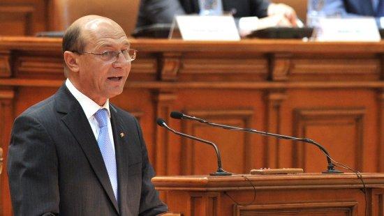 Băsescu: 2014 să fie anul în care să afirmăm deschis că Moldova este pământ românesc