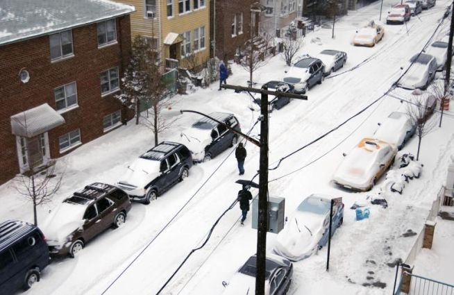 SUA: Cel puţin 15 morţi din cauza furtunii de zăpadă. Meteorologii anunţă temperaturi extrem de scăzute