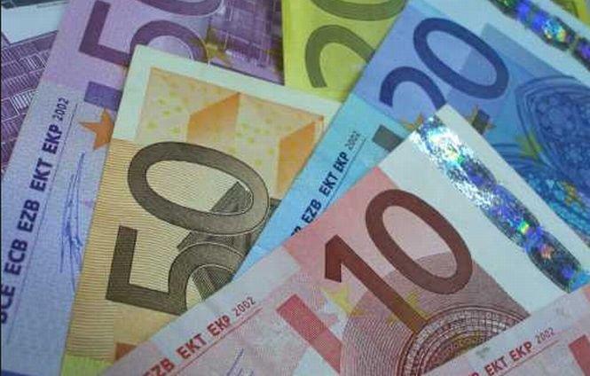 Cursul euro a atins cel mai ridicat nivel din ultimele şase luni