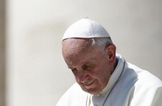 Mulţimea strânsă la Vatican a apludat frenetic gestul Suveranului Pontif. Vezi ce a făcut Papa