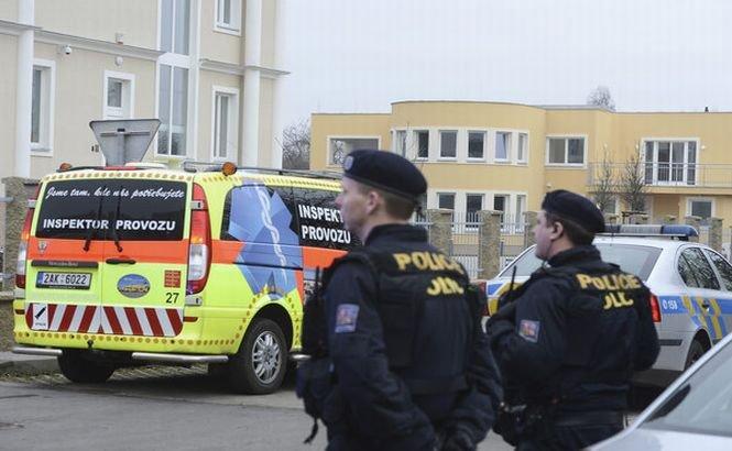 Ameninţare teroristă cu bombă la Praga. Traficul din centrul oraşului este paralizat