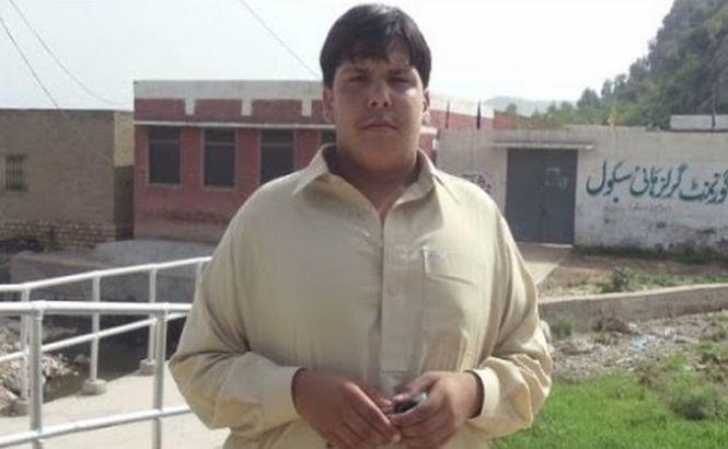 Un adolescent şi-a dat viaţa pentru a-şi salva colegii de şcoală. Povestea lui Aitizaz Hasan, noul erou al Pakistanului