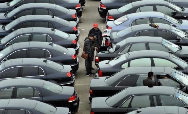 """2014 a început ca un coşmar pentru piaţa auto. """"S-au vândut doar 4 maşini noi în acest judeţ"""""""