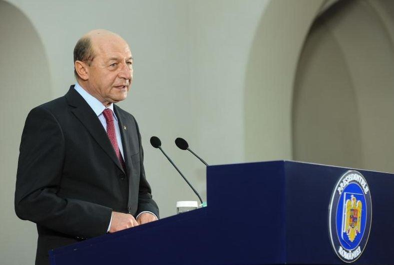 Băsescu: Fac apel la toţi liderii politici din Ucraina să manifeste calm, reţinere, pragmatism şi prudenţă