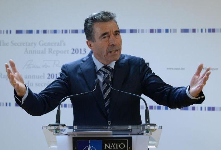 NATO: Moscova trebuie să înceteze imediat ameninţările la adresa Ucrainei