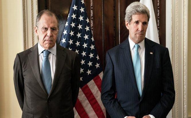 Kerry şi Lavrov poartă ultimele discuţii înainte de referendumul din Crimeea