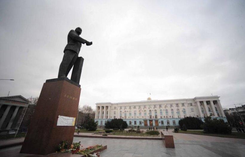 """Moscova afirmă că primeşte """"numeroase îndemnuri la ajutor"""" din Ucraina şi """"le va examina"""""""