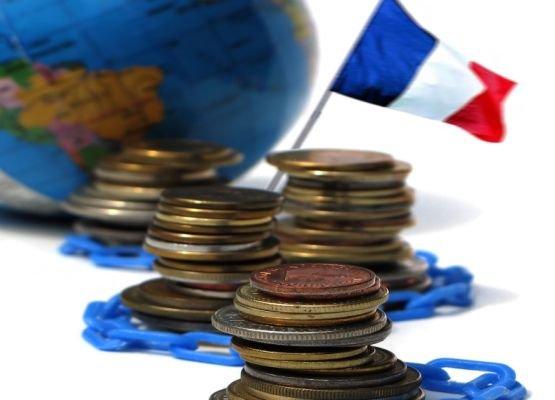 Hollande ar putea intra în conflict cu Comisia Europeană, din cauza nerespectării ţintelor bugetar