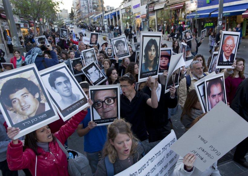 Israelul renunţă la planul de eliberare a unui grup de prizonieri palestinieni