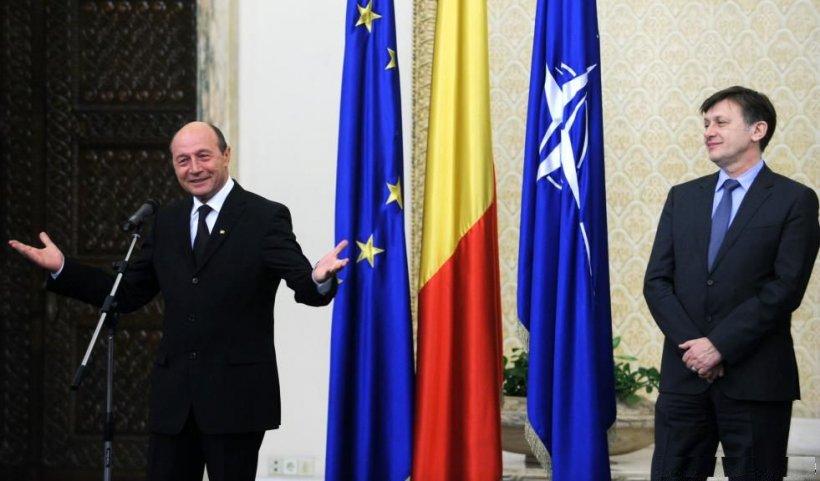 PPE a CONDIŢIONAT admiterea PNL de susţinerea politică a lui Traian Băsescu