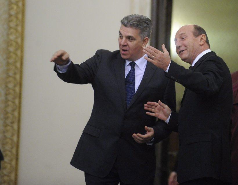 Zgonea îi răspunde lui Băsescu: Resping orice încercare de influenţare a votului deputaţilor