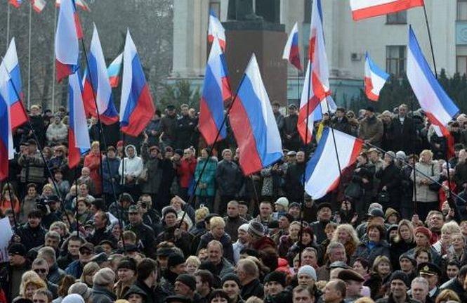 Violenţele continuă la Doneţk. Persoane înarmate au încercat să preia controlul sediului televiziunii locale