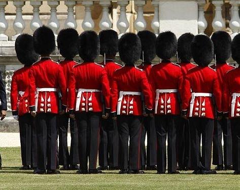 Eveniment istoric în inima Marii Britanii. Pe cine a primit regina la palatul Buckingham