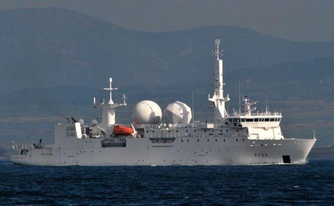 Două nave de război franceze se îndreaptă spre Marea Neagră