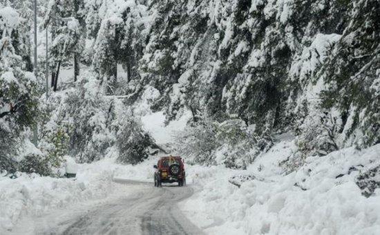 În Masivul Parâng zăpada depăşeşte 10 centimetri