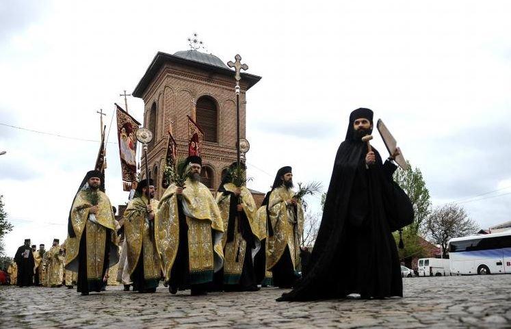 Peste 1,4 milioane de români îşi serbează onomastica de Florii