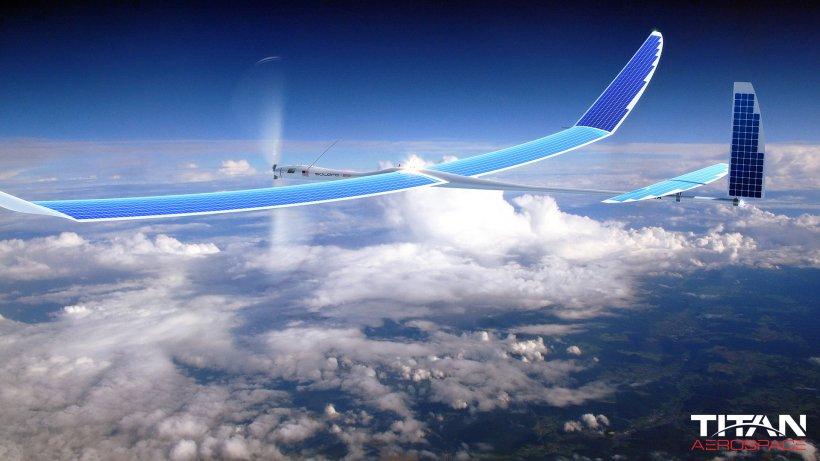 """Google a cumpărat Titan Aerospace şi se """"lansează"""" în spaţiu"""