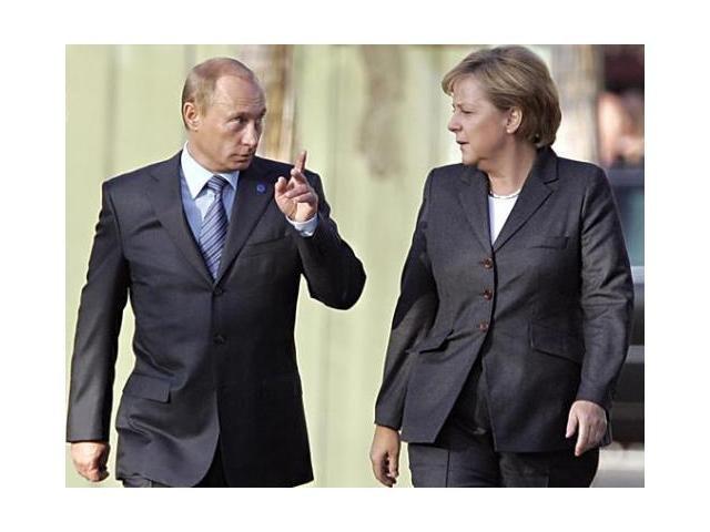 """Avertismentul pe care Vladimir Putin i l-a dat Angelei Merkel: """"E la un pas de război"""""""