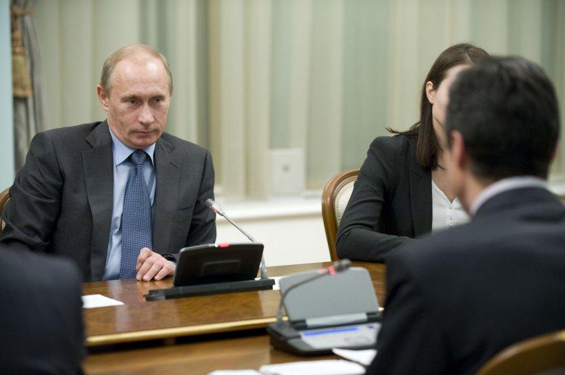 Putin îl acuză pe secretarul general al NATO că a înregistrat o conversaţie privată
