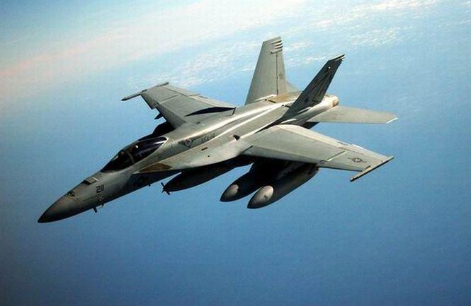 Canada trimite şase avioane de război în Europa de Est, în contextul crizei din Ucraina