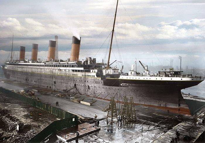"""Fotografii extrem de RARE cu Titanicul. Ce s-a întâmplat ÎNAINTE şi DUPĂ """"întâlnirea"""" cu icebergul"""