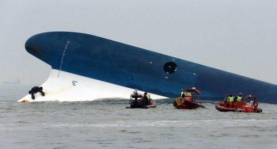 Bilanţul celui mai grav naufragiu din Coreea de Sud: Peste 100 de morţi şi 200 de dispăruţi