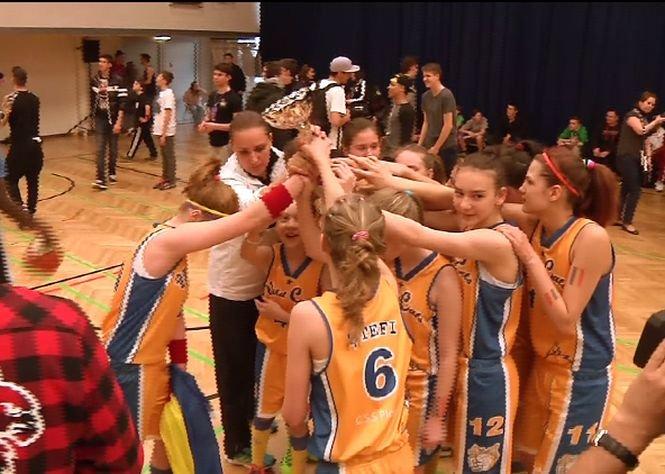 Echipa de baschet feminin CSS Ploieşti, câştigătoare a celui mai mare turneu european de juniori