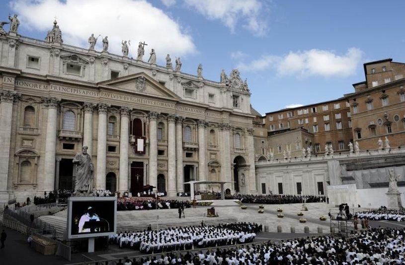 Eveniment ISTORIC la Vatican. Doi Papi vor fi canonizaţi