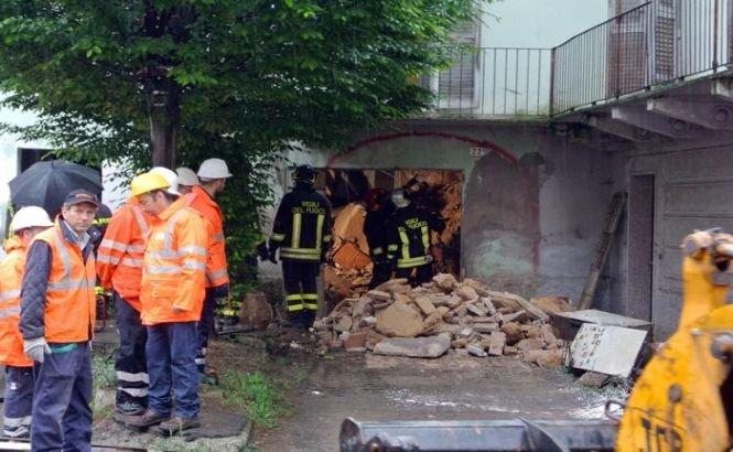 Italia. O femeie este dată dispărută după ce casa în care locuia s-a prăbuşit peste ea