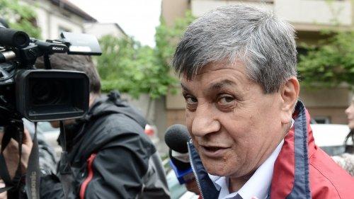 """Judecătorul Stan Mustaţă şi grefiera Mariana Curea şi-au petrecut noaptea în arest. Mustaţă are un singur regret: """"Că nu am ales mai bine prietenii"""""""