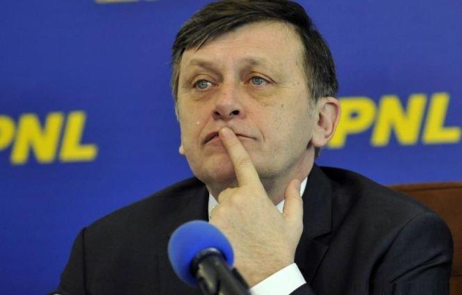 DEZVĂLUIRI. Cum a trecut Antonescu în tabăra lui Băsescu şi a MINŢIT alegătorii PNL