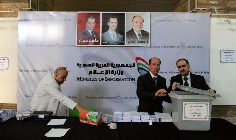 """Sirienii au de ales """"între Bashar şi Bashar"""". Oficial francez: Scrutinul din Siria, o farsă tragică"""
