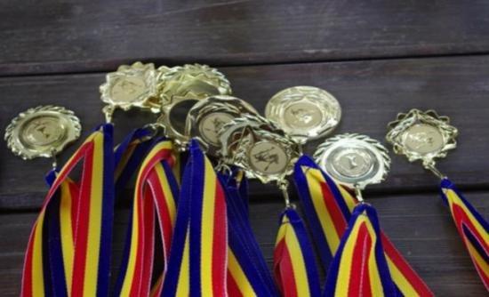RESPECT pentru copiii de aur ai României. Cinci medalii şi locul I în Europa la Olimpiada Internaţională de Fizică