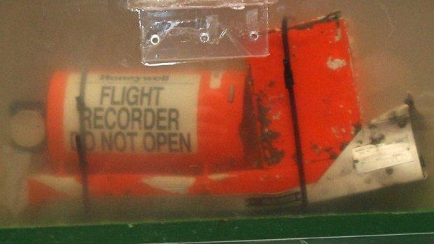 Cutiile negre confirmă: Prăbuşirea avionului malaysian, provocată de o depresurizare cauzată de explozia unei rachete
