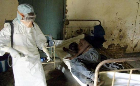 Medici fără frontiere avertizează: Epidemia de Ebola se agravează şi riscă să afecteze alte ţări