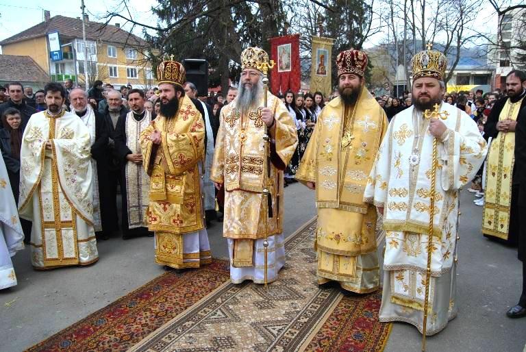 """Raportul AMERICII care arată cum se vede de fapt România: """"Libertatea religioasă, umbrită de discriminare"""""""