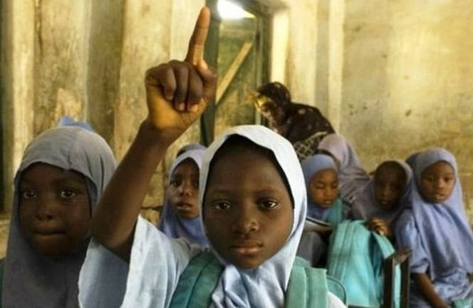 O fetiţă care purta o centură cu explozibili, arestată în Nigeria