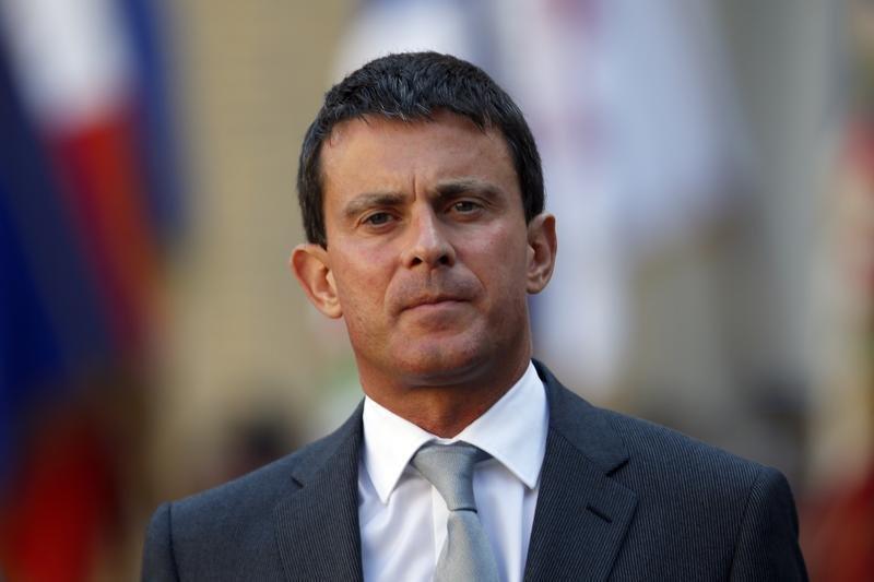 Premierul Franţei avertizează: Economia naţională este într-o situaţia DIFICILĂ