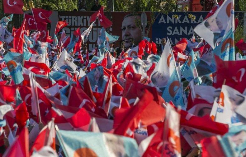 Alegeri ISTORICE în Turcia. Cetăţenii sunt aşteptaţi la urne pentru a alege un nou preşedinte