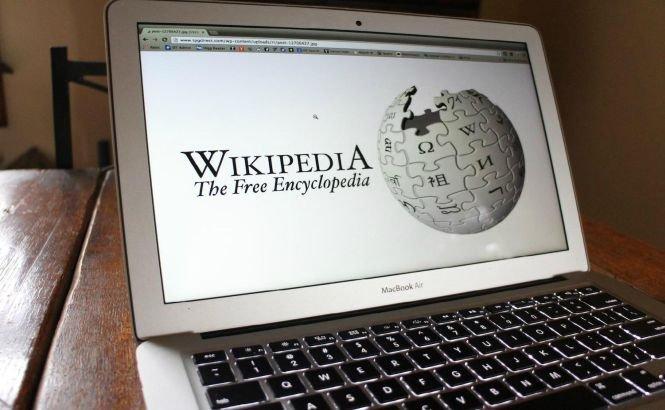Britanicii au mai multă încredere în Wikipedia, decât în presa locală