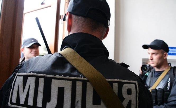 Comando terorist, deghizat în corp diplomatic? Angajaţii Ambasadei Rusiei au fost ARESTAŢI la Kiev