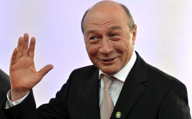 Sinteza zilei: Cum vrea Băsescu să-i aducă voturi lui Udrea şi să scape de dosarele pe care le are