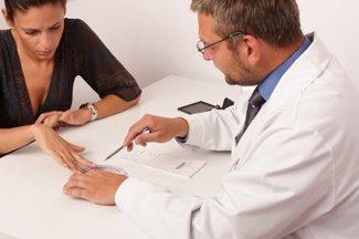 190 de MILIOANE de dolari pentru paciente filmate pe ascuns de un ginecolog în SUA