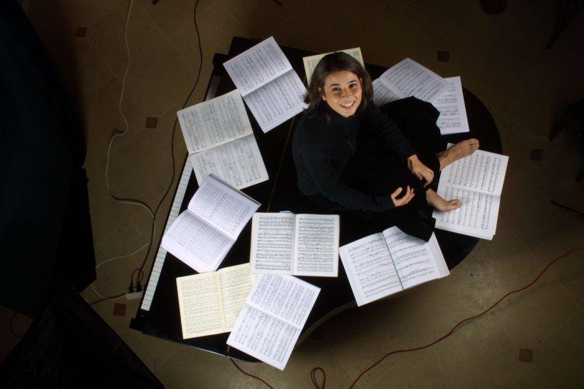 Jean Claude Pennetier și pianista de origine română Mara Dobrescu susțin un recital extraordinar pe scena Ateneului Român în această seară