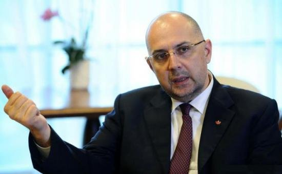 Kelemen Hunor, after  Băsescu said that Ponta allegedly was an undercover officer: It is an electoral topic   114